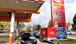 Benzyna 95 i LPG zdrożeją na Wszystkich Świętych. W Łomży już strach tankować