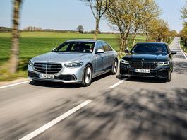 Nowy Mercedes S 500 4Matic kontra BMW 750i xDrive – czy Stuttgart ogra Bayern?