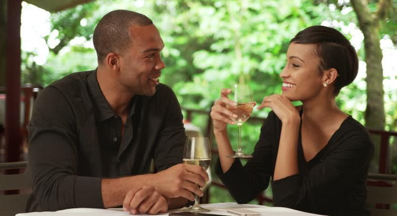First date mistakes to avoid (Shutterstock)