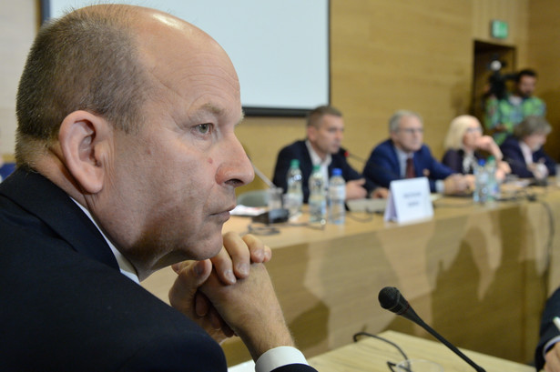 Minister zdrowia Konstanty Radziwiłł podczas posiedzenia wyjazdowego sejmowej komisji zdrowia.