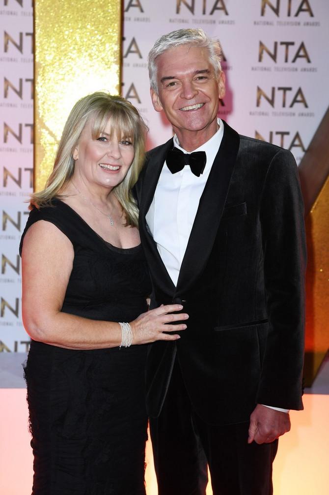 Filip sa suprugom pre desetak dana na BAFTA nagradama u Londonu