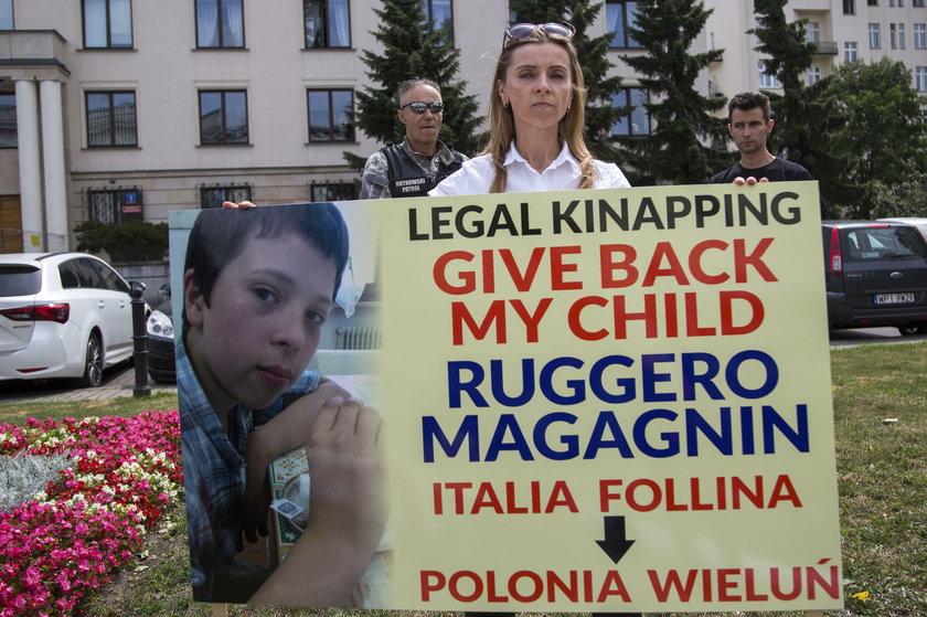 Protest przed ambasadą Norwegii