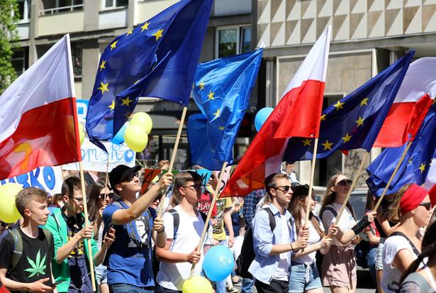 Uczestnicy podczas 19. Parady Schumana w Warszawie.