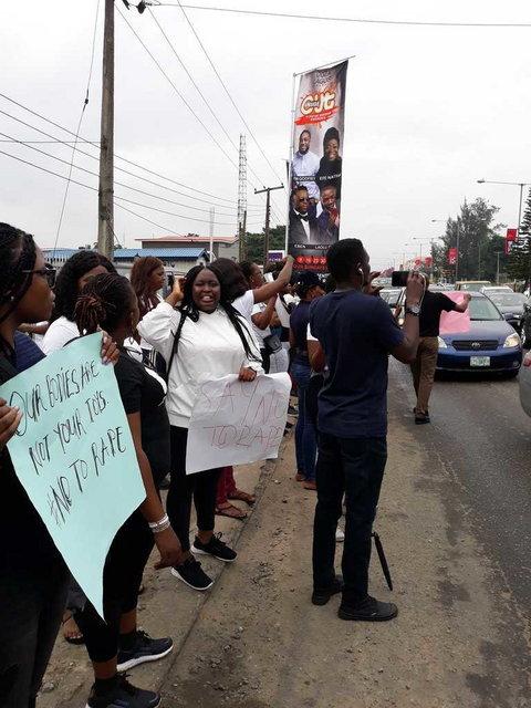 Protesters occupy COZA church in Lagos, screaming no to rape. (Pulse)