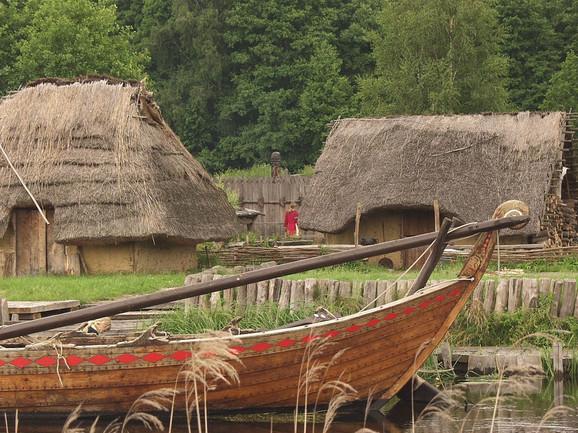 Rekonstrukcija staroslovenskog naselja