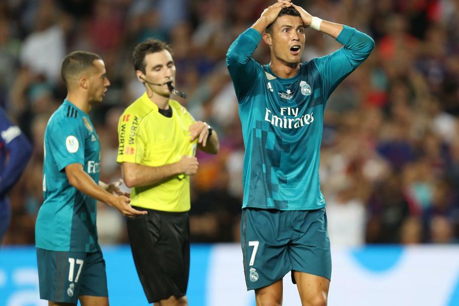 b6428c0c9 Piłka nożna i pieniądze. Ile zarabia Ronaldo, Messi, Pogba - Biznes ...