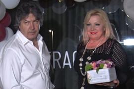 UVEK NOSI ISTI ODEVNI KOMAD Snežana Đurišić svima pokazuje NOVOG DEČKA GINEKOLOGA, a OVO je mnogima zapalo za oko (VIDEO)