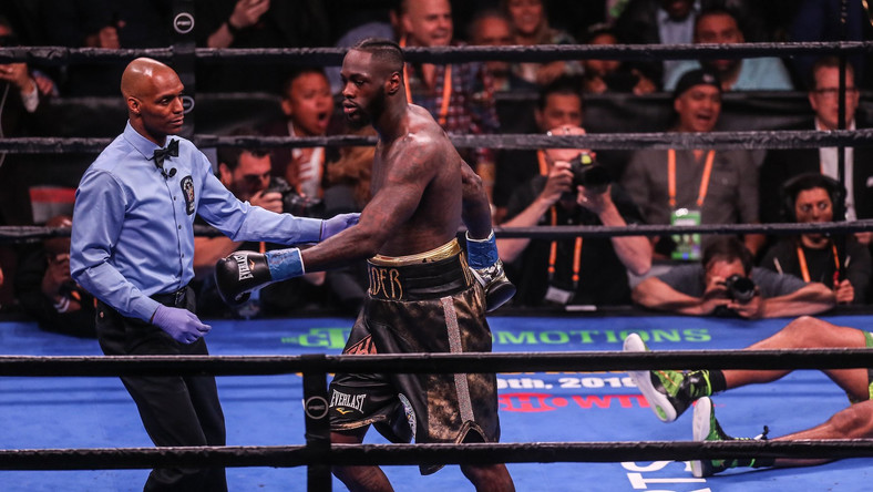 Watch Deontay Wilder knockout