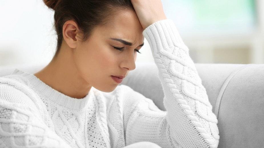 Miewasz migreny? Ich konsekwencje możesz odczuć nocami