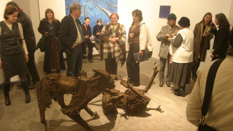 Wystawa rzeźb Marioli Wawrzusiak w galerii BWA w Bielsku- Białej