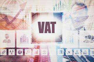 Adwokat kościelny to nie prawnik, ale VAT i tak zapłaci