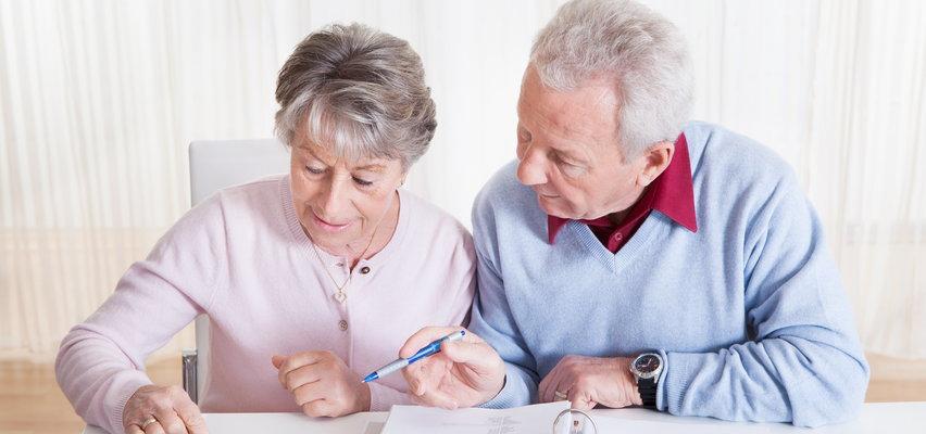 Państwo dopłaci emerytom (i nie tylko) do prądu! Oto szczegóły