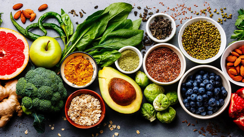 Here are the 10 superfoods that are great for a diabetic diet [Credit: Food Revolution Network]