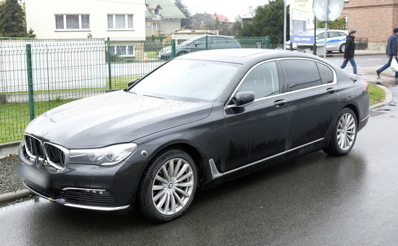 BMW serii 7, którym jechała Beata Szydło