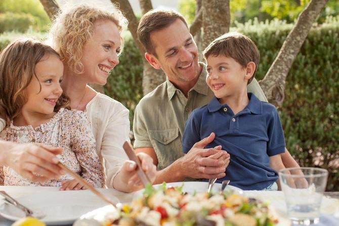 Cela porodica na LCHF ishrani
