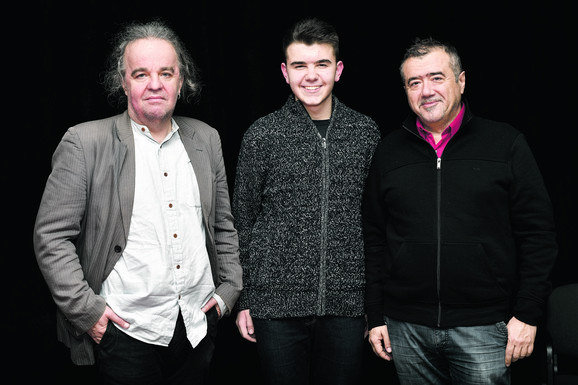 Podrška: Miljenko Jergović, Tadija Čaluković i Vladimir Pištalo