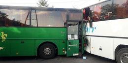 Wypadek szkolnych autobusów. Jest wielu rannych