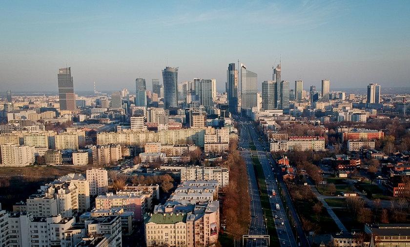 W tej grze stawką są dziesiątki miliardów złotych na rozruszanie polskiej gospodarki