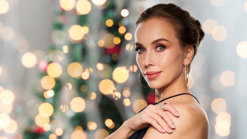 Podkreśl makijażem wyjątkowość świąt!