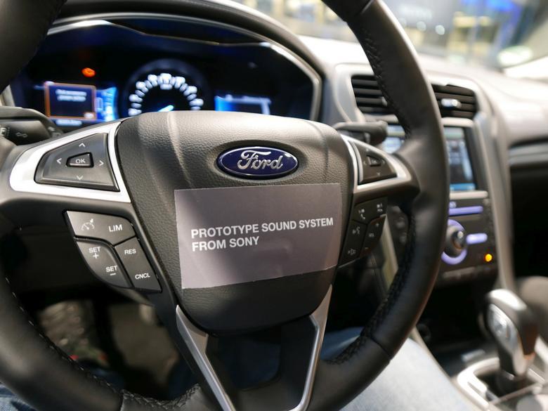 Ford Mondeo Vignale z systemem Sony: wersja prototypowa