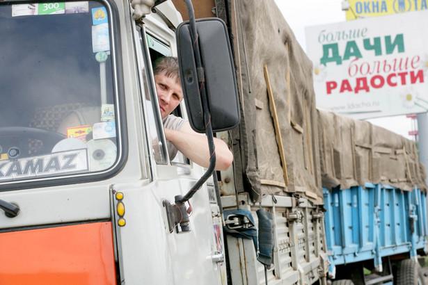 Jeśli dojdzie do zawieszenia umowy, zarówno firmy transportowe z Rosji, jak i z Polski mogą się znaleźć w poważnych tarapatach.
