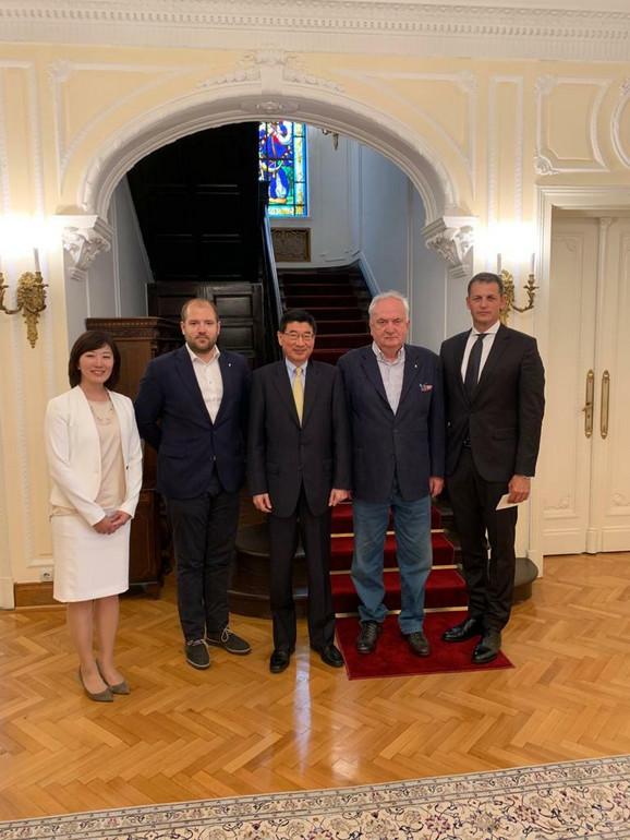 Đunićo Marujama, ambasador Japan u Srbiji, Božidar Maljković, predsednik OKS, Đorđe Višacki, generalni sekretar OKS-a i Damir Štajner, izvršni direktor.