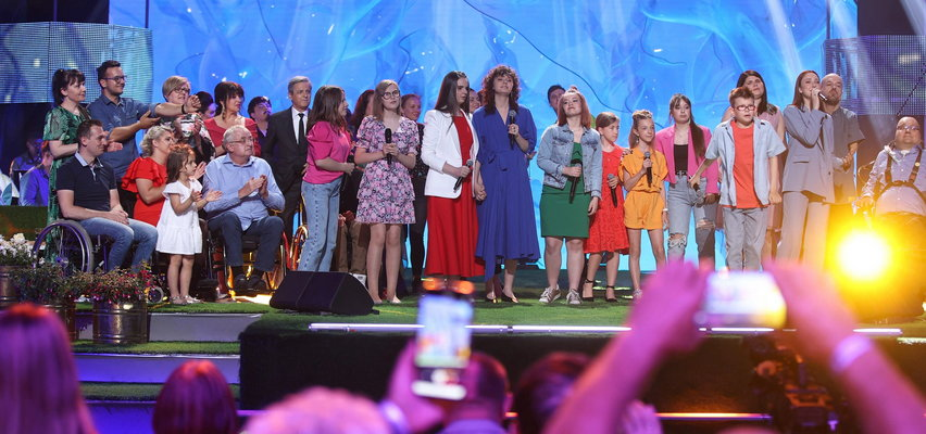 Festiwal Zaczarowanej Piosenki 2021. Wydarzenie Anny Dymnej znów połączyło na scenie gwiazdy i osoby niepełnosprawne