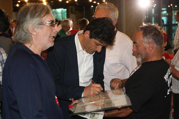 Belodedićev potpis je potpis verovatno najboljeg libera u Zvezdinoj istoriji