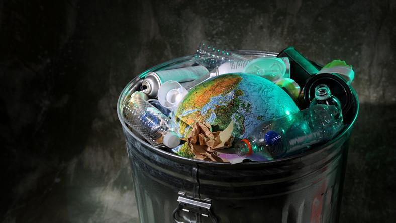 Warszawscy radni przyjęli nowe stawki za wywóz śmieci