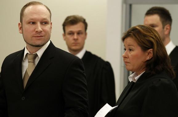 Brejvik na sudu u Oslu...