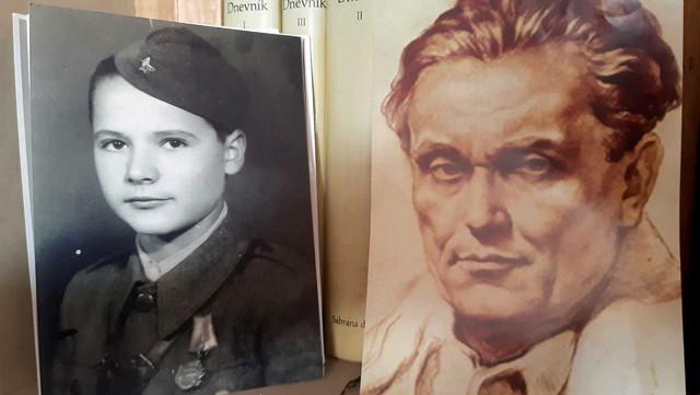 Tita je prvi put upoznao u ratu, da bi se kasnije sa njime susreo nekoliko puta kao zamenik direktora  radio televizije Beograd