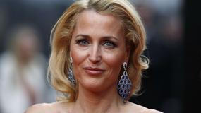 Internauci chcą, by Gillian Anderson zastąpiła Daniela Craiga w roli 007