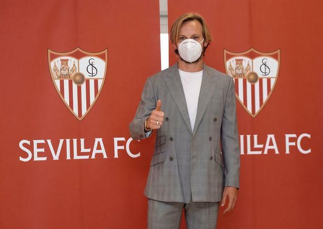 Ivan Rakitić na predstavljanju u Sevilji