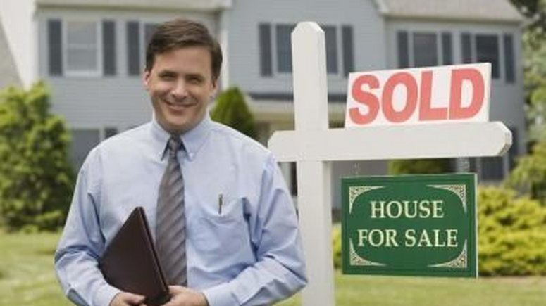 Find the Right Real Estate Agent to Sell Your Home