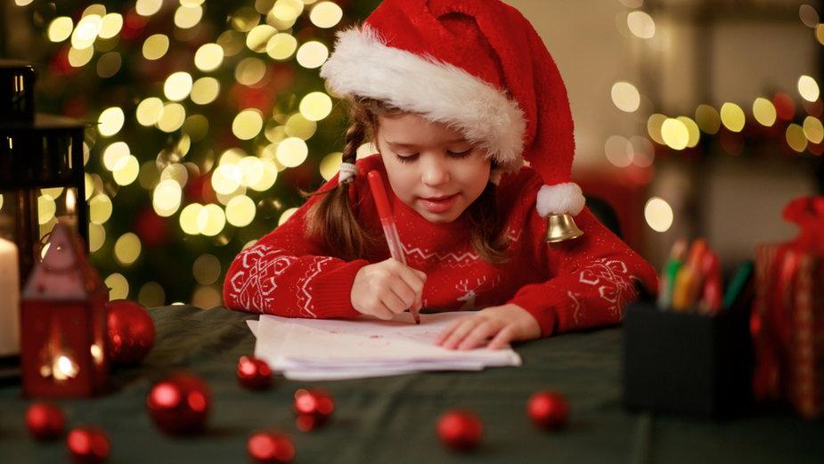 Dzieci chętnie piszą listy do św. Mikołaja