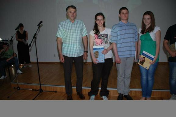 Dobitnici nagrade sa vlasnikom škole