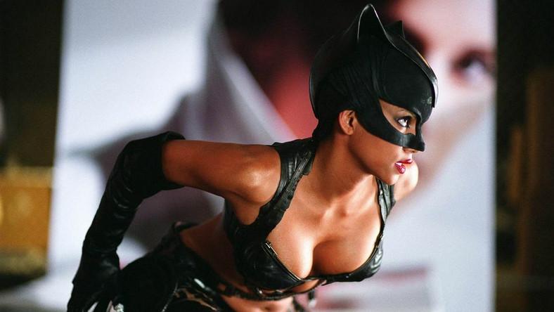 """Magazyn """"Esquire"""" obwołał Halle Berry najseksowniejszą kobietą świata"""