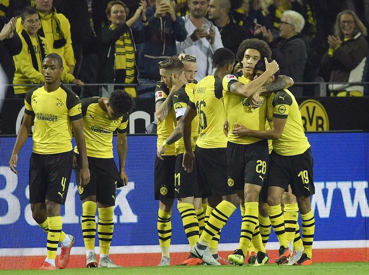 FK Dortmund, FK Ajntraht