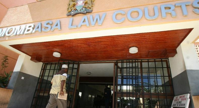 Entrance to the Mombasa Law Courts (Twitter)