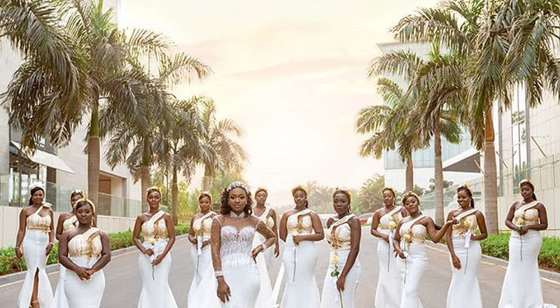 #Kency2020: This photo of Tracy and her bridesmaids is the most iconic photo for 2020