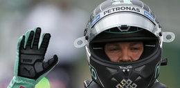 Gwiazdor F1 do walki z potem używa podpasek!