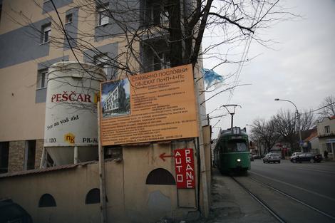 """Bez trotoara u """"gornjem delu"""" Bulevara kralja Aleksandra"""