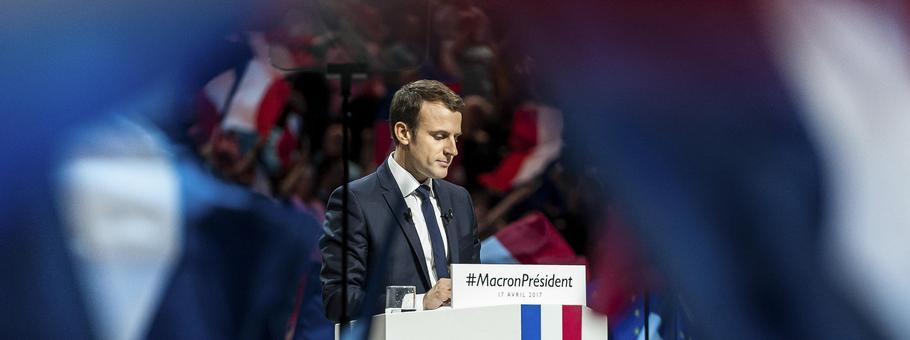 Emmanuel Macron addresses supporters