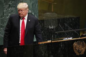 Prošle godine Tramp je crnogorskog premijera izgurao, a sada su se u Njujorku DRUGAČIJE POZDRAVILI (FOTO, VIDEO)