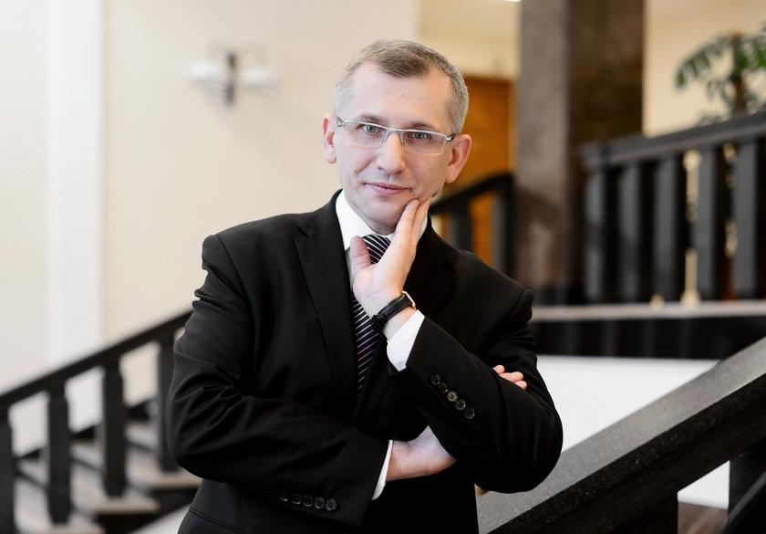 Prezes NIK: Trwa kontrola w Komisji Nadzoru Finansowego