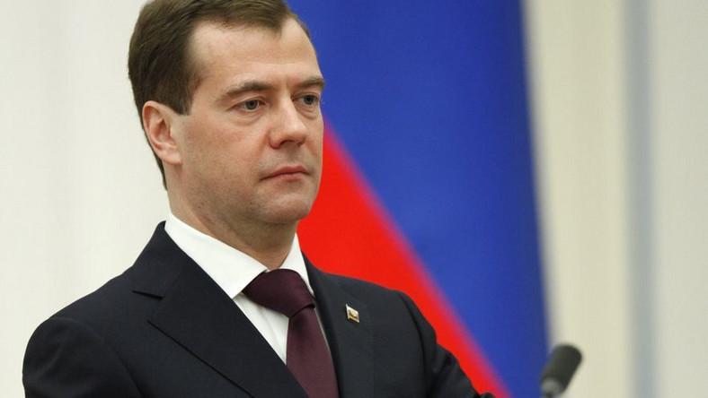 Miedwiediew ostrzega przed fanatykami muzułmańskimi