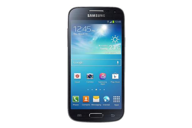 """Samsung Galaxy S4 mini - Specyfikacja Procesor: 1,7 Ghz Dual Core Pamięć RAM: 1,5 GB Ekran: 4,3"""" qHD Super AMOLED Pamięć wbudowana: 8 GB, slot kart microSD (do 64 GB) Sieć: 3G, LTE Łączność: Wi-Fi, GPS, Bluetooth, IR LED Wymiary: 124.6 x 61.3 x 8.94mm, 107g Akumulator: 1,900mAh"""