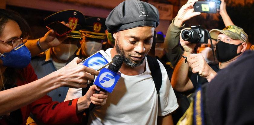 """Pierwszy wywiad Ronaldinho po wyjściu z aresztu. """"To dla mnie ciężki cios"""""""