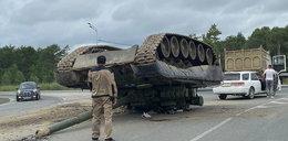 Wojsko zgubiło czołg. Ale dlaczego leżał gąsienicami do góry?!