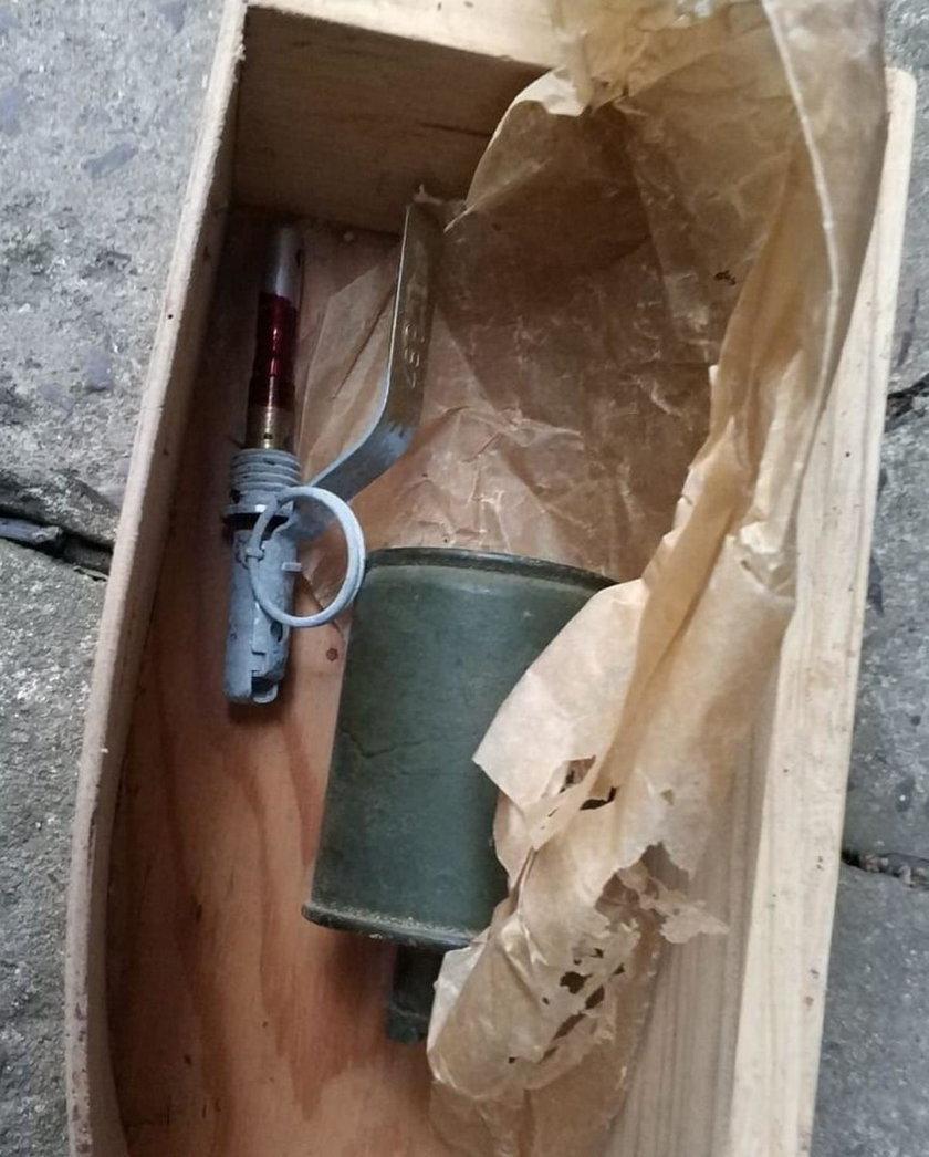 Tarnów: podczas porządków znalazła granat w starym kredensie